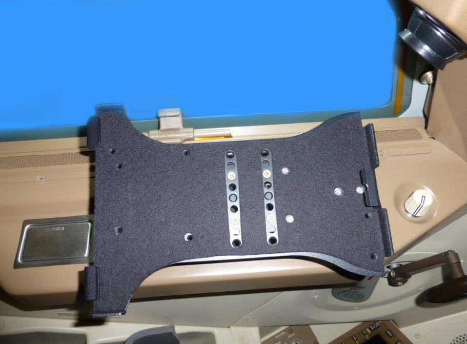Boeing 747-8 iPad Cradle Install