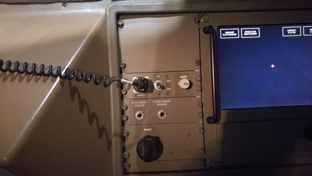 Boeing 777 FO IPS Control Panel